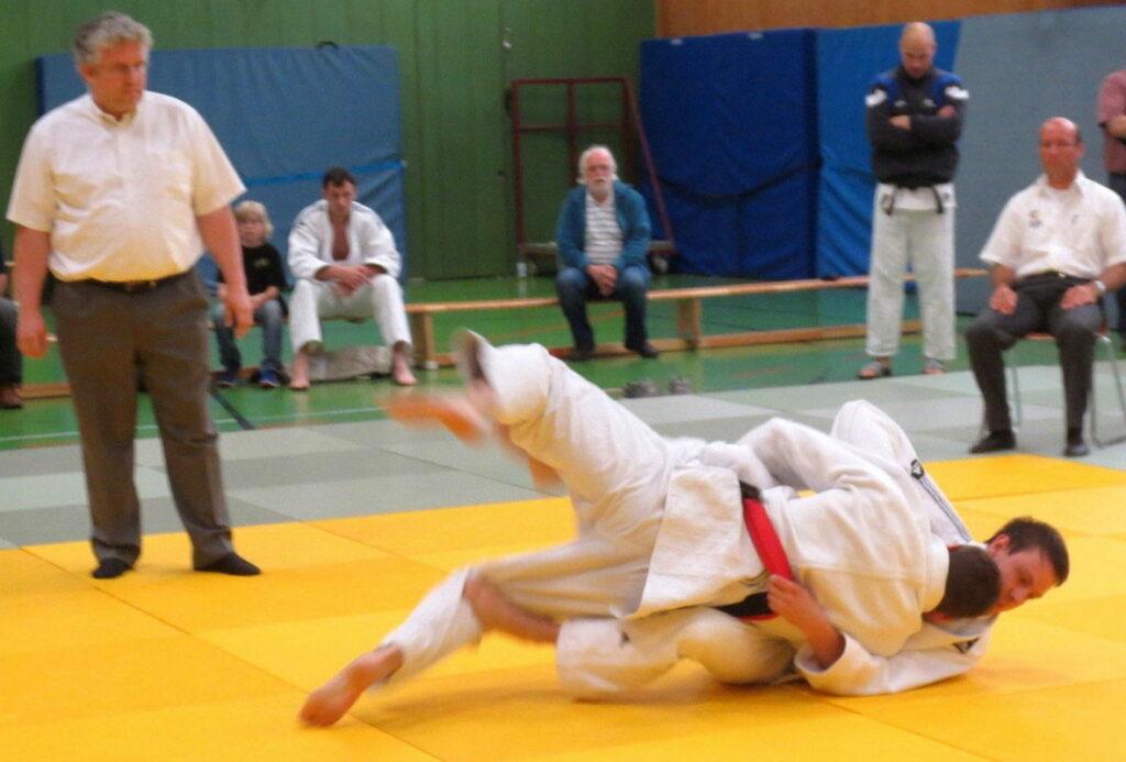 judo_beitrag_alt_landesliga2013_2KT